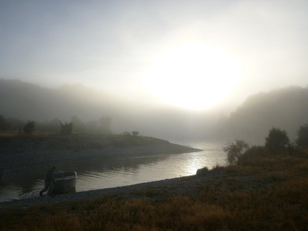 Easy morning on the Waiau in Te Anau..