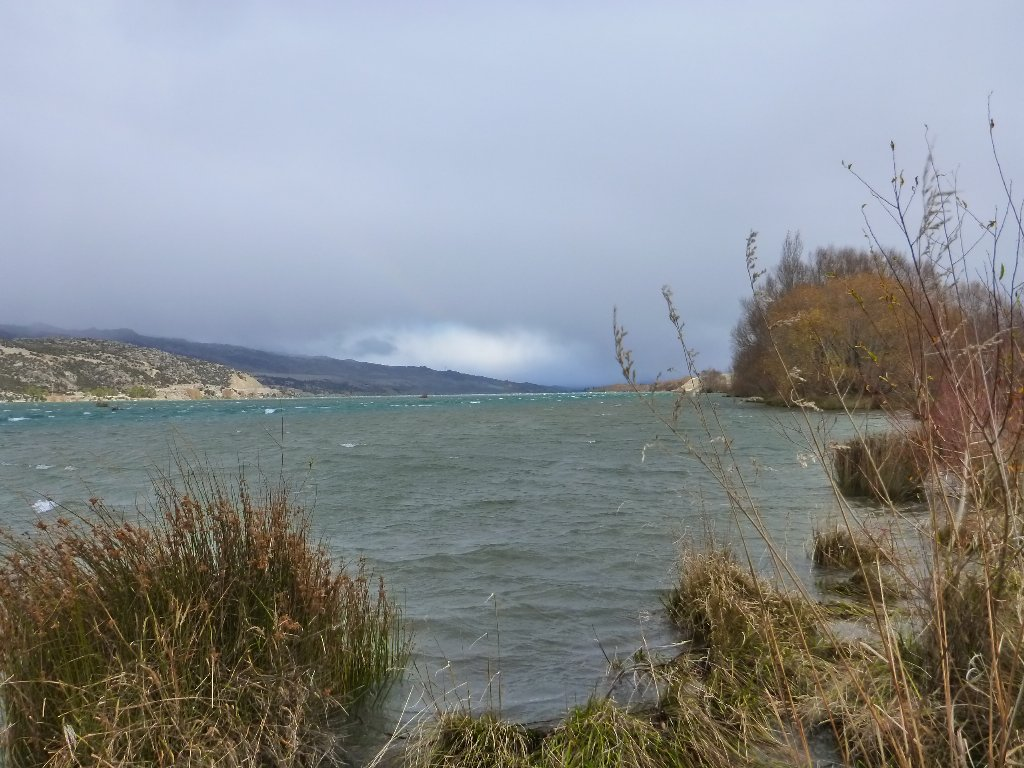 A cold southerly arrived in the afternoon but we continued up into the main Clutha.
