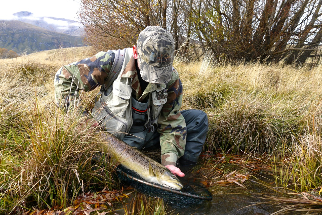 A 6lb brown to finish the season.. of course the season continues on plenty rivers throughout May and the winter months..