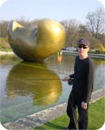 The HENRY Moore memorial :)